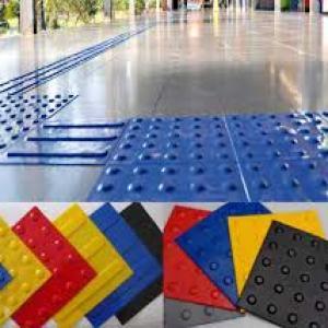 Fabrica de piso tatil